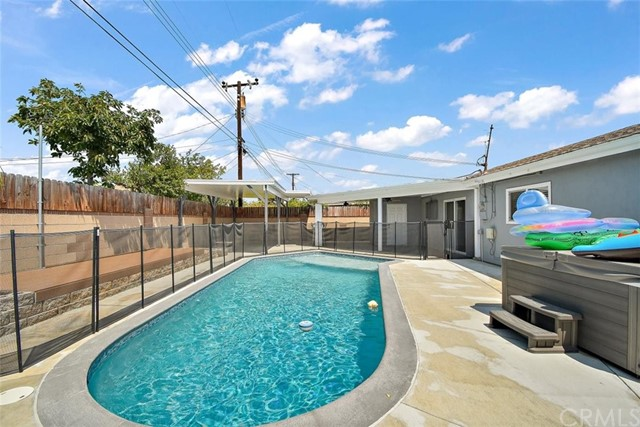 Pending | 12629 Stillman Street Lakewood, CA 90715 21
