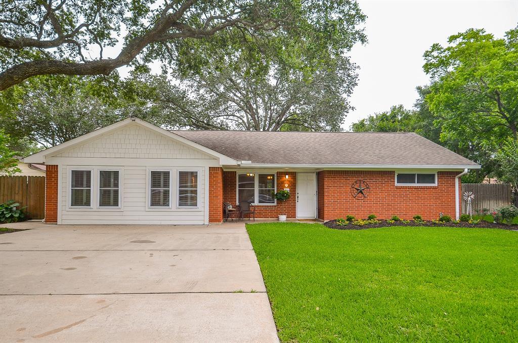 Pending | 1209 Klare Avenue Rosenberg, Texas 77471 2