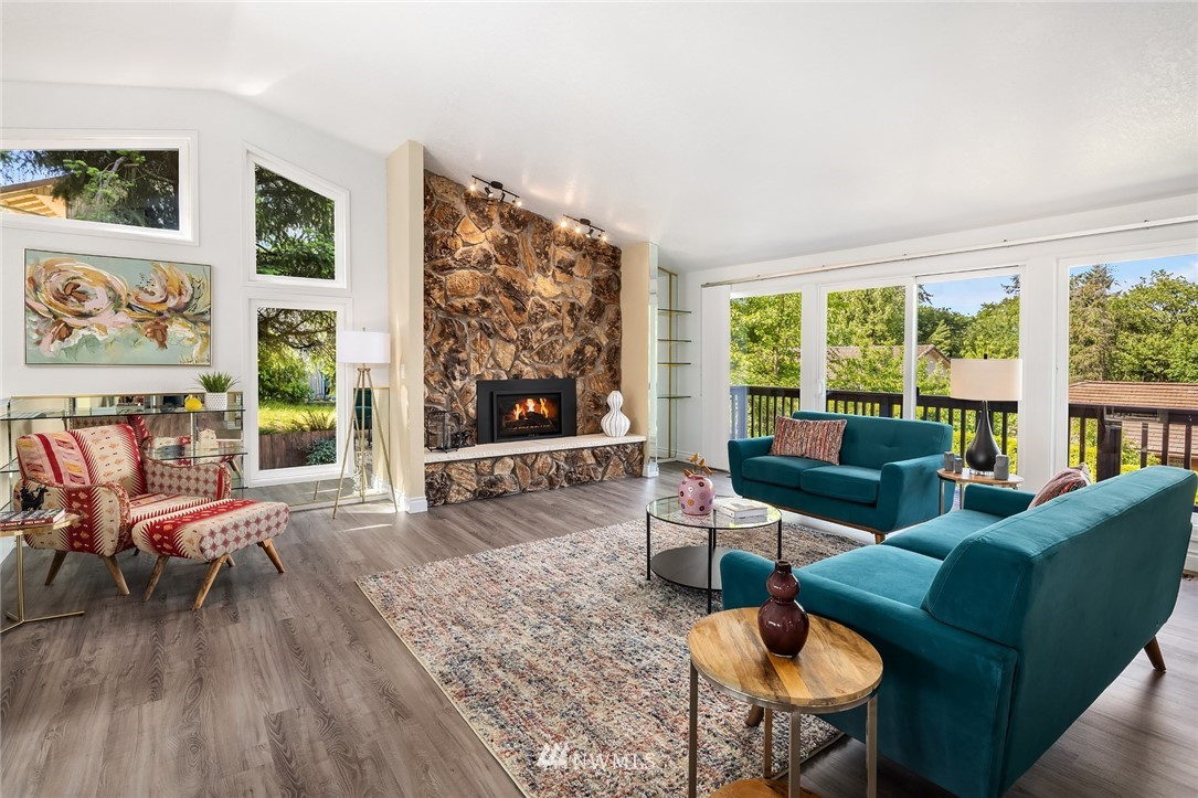Sold Property   11824 79th Avenue S Seattle, WA 98178 6