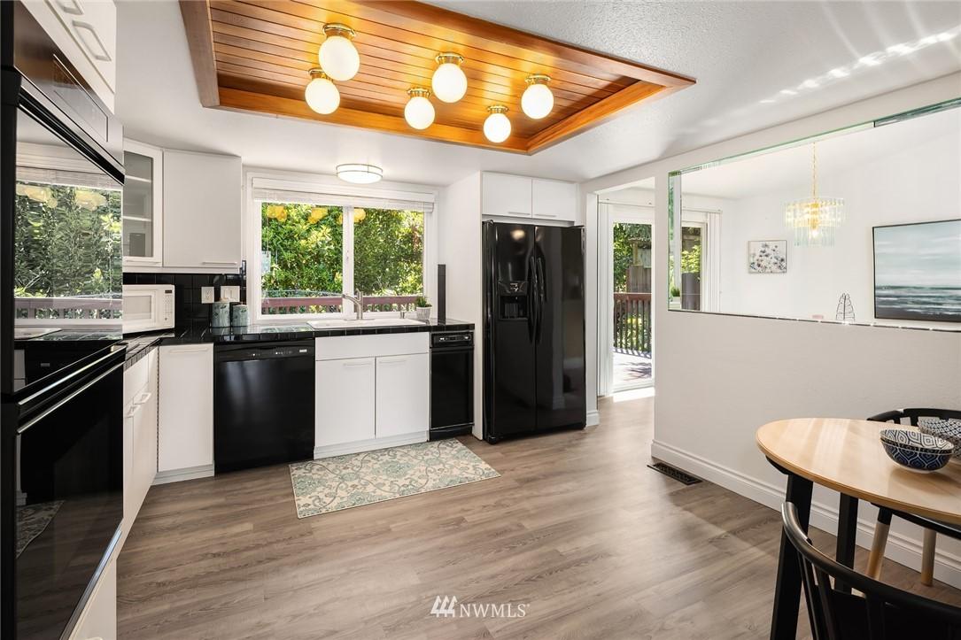 Sold Property   11824 79th Avenue S Seattle, WA 98178 11