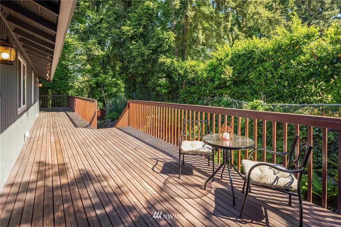 Sold Property   11824 79th Avenue S Seattle, WA 98178 13