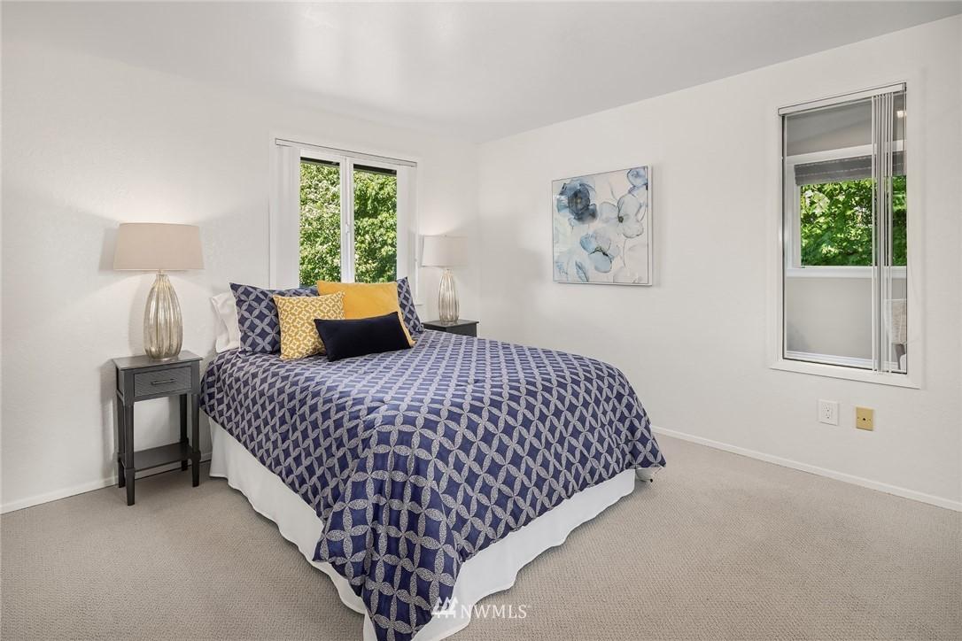 Sold Property   11824 79th Avenue S Seattle, WA 98178 19