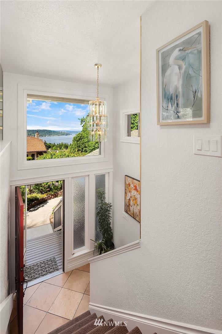 Sold Property   11824 79th Avenue S Seattle, WA 98178 22