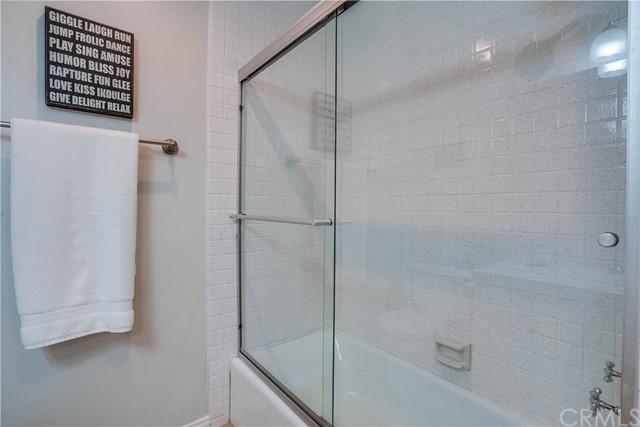 Closed | 11667 Gorham Avenue #204 Los Angeles, CA 90049 33