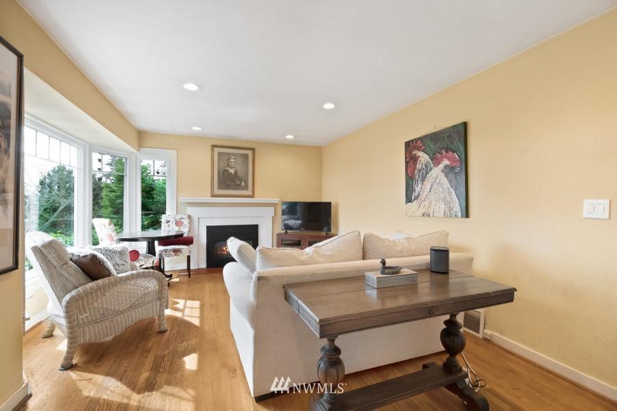Sold Property | 4437 34th Avenue S Seattle, WA 98118 3