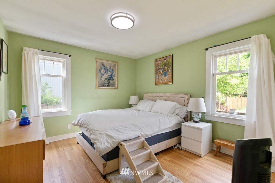 Sold Property | 4437 34th Avenue S Seattle, WA 98118 9