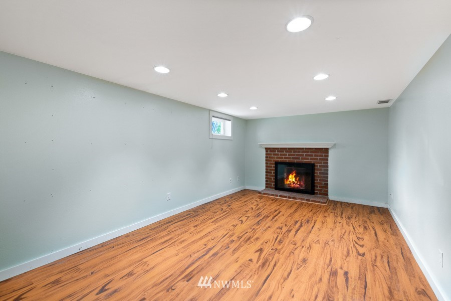 Sold Property | 4437 34th Avenue S Seattle, WA 98118 13