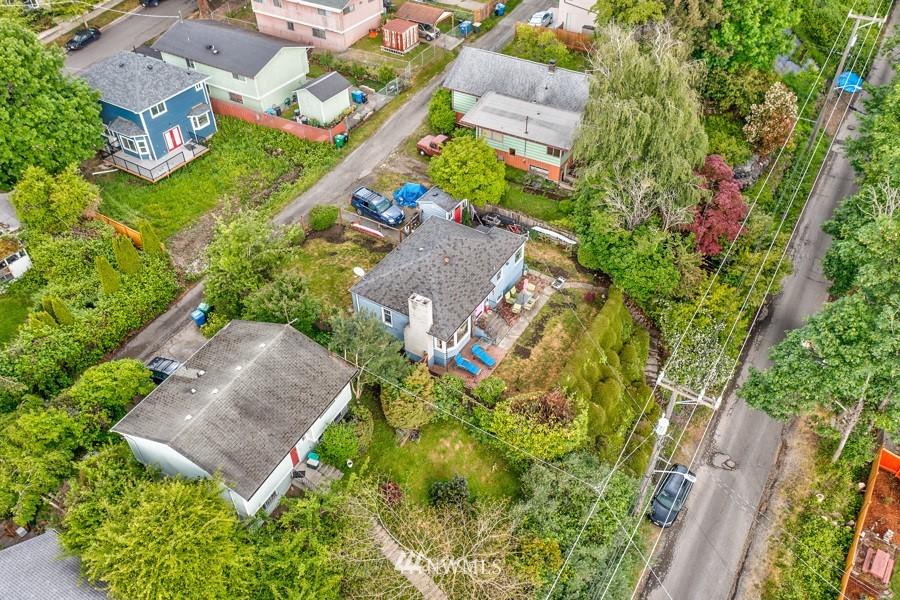 Sold Property | 4437 34th Avenue S Seattle, WA 98118 23