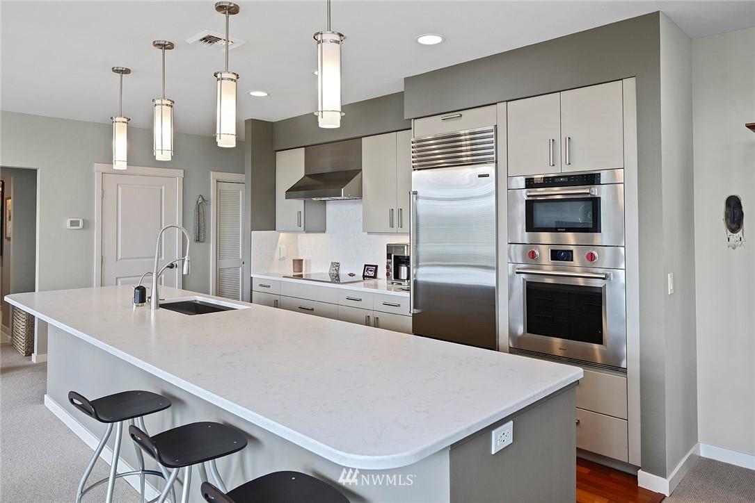 Sold Property   170 Harbor Square Loop NE #A411 Bainbridge Island, WA 98110 7