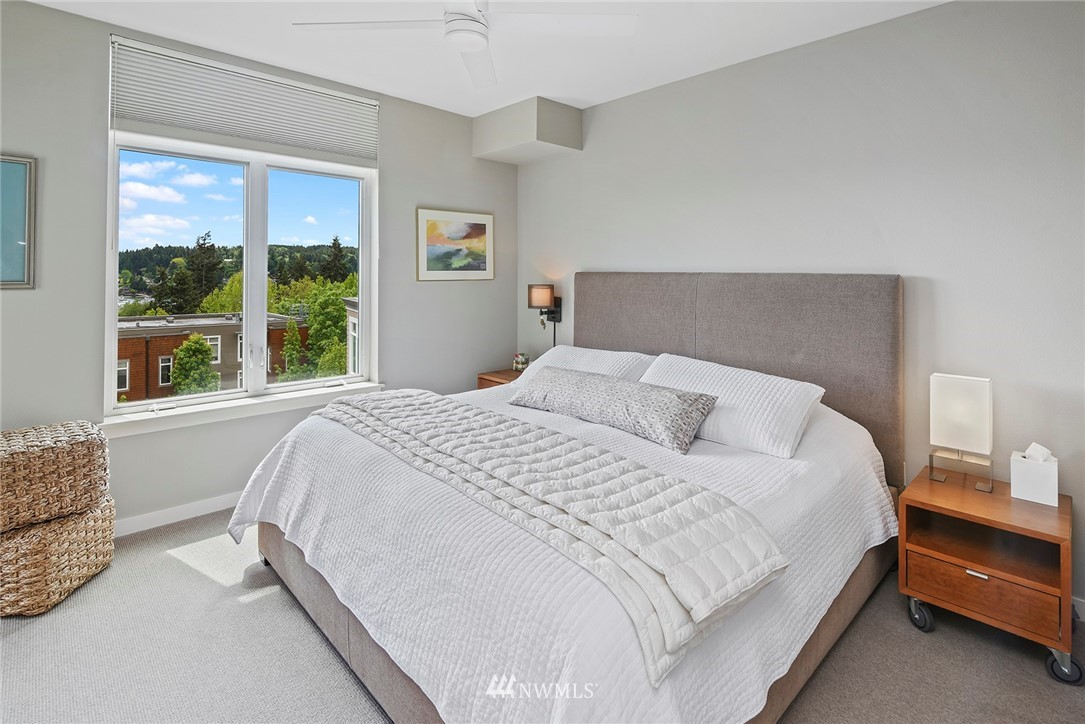 Sold Property   170 Harbor Square Loop NE #A411 Bainbridge Island, WA 98110 15