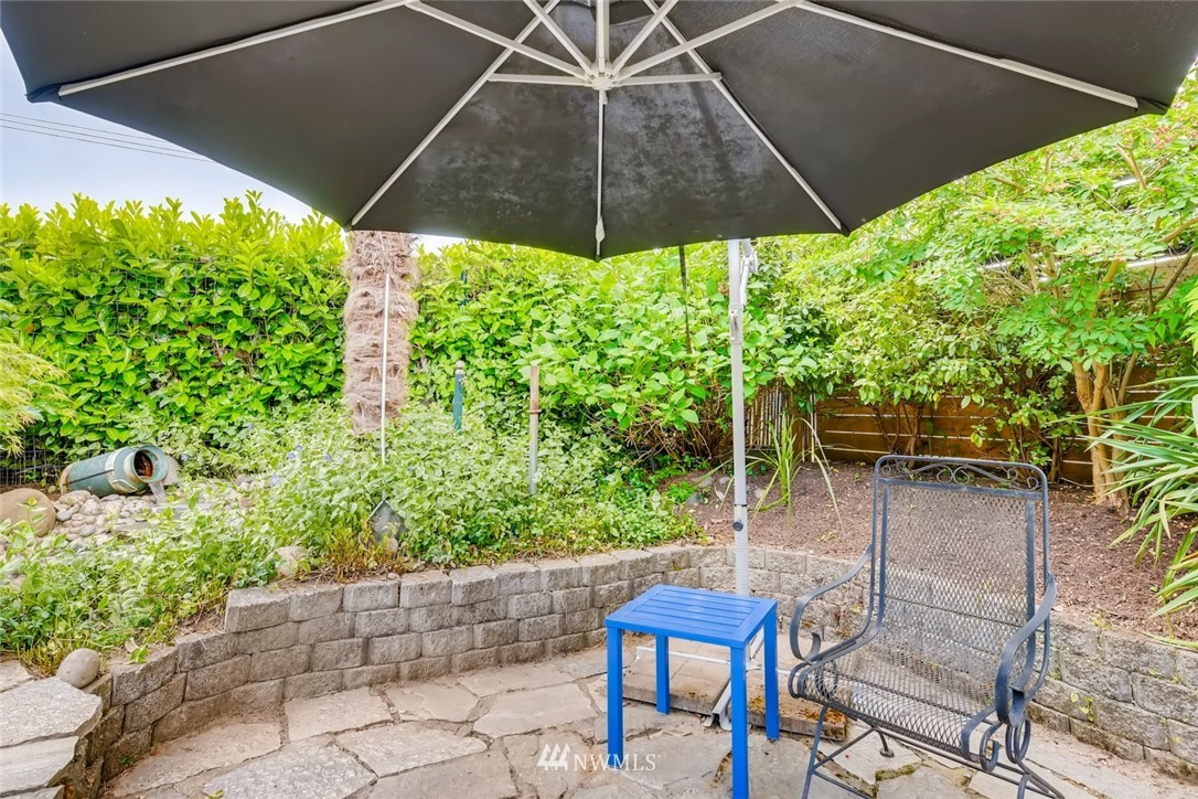 Sold Property   7561 S 120th Street Seattle, WA 98178 25
