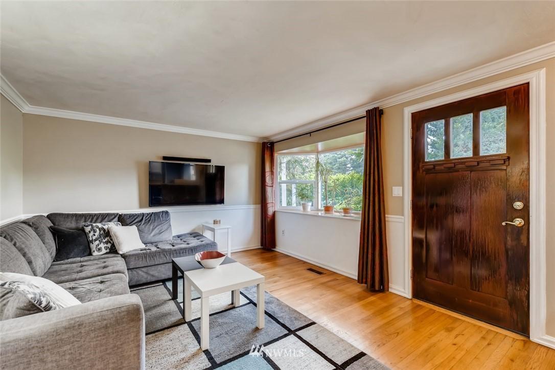 Sold Property   7561 S 120th Street Seattle, WA 98178 4