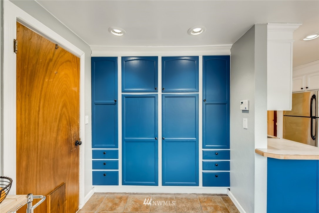 Sold Property   7561 S 120th Street Seattle, WA 98178 11