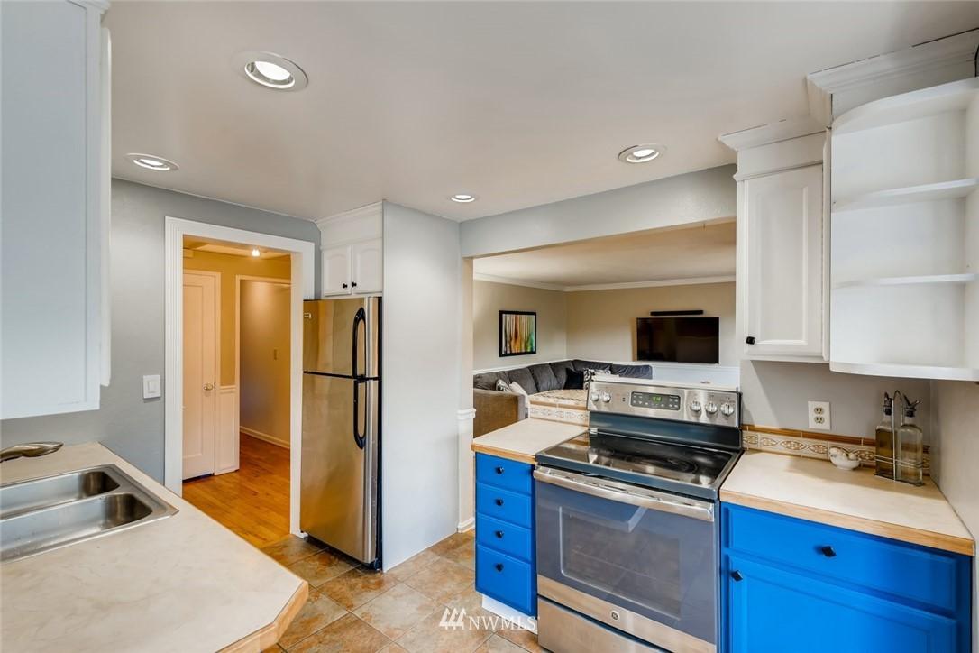 Sold Property   7561 S 120th Street Seattle, WA 98178 6
