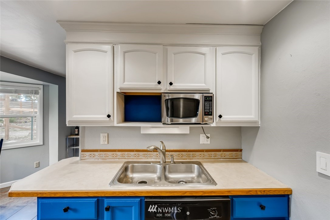 Sold Property   7561 S 120th Street Seattle, WA 98178 7