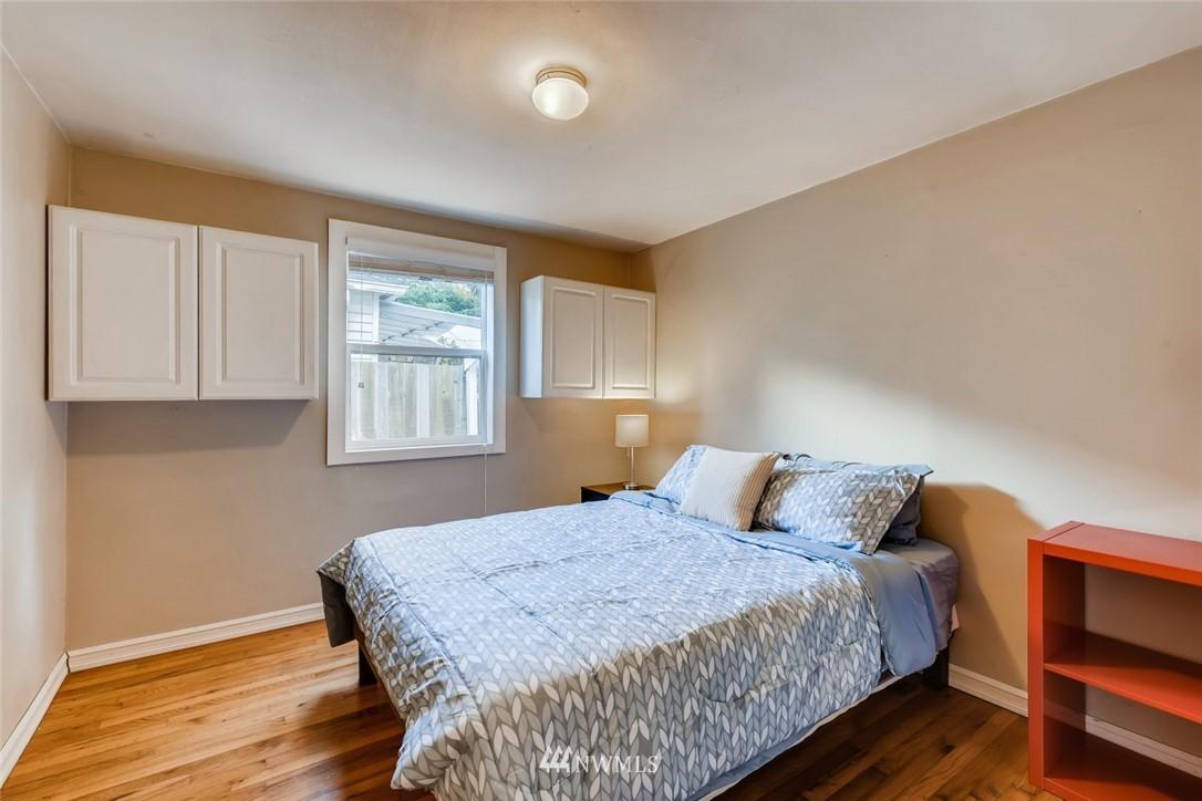 Sold Property   7561 S 120th Street Seattle, WA 98178 16