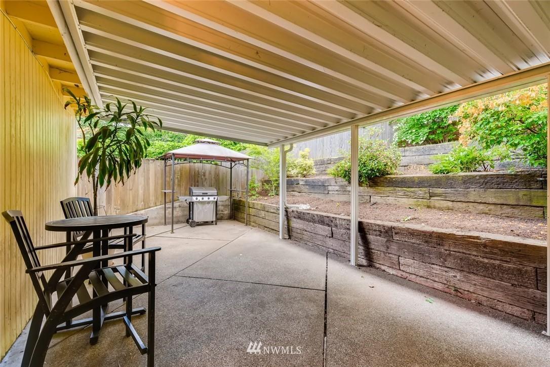 Sold Property   7561 S 120th Street Seattle, WA 98178 20