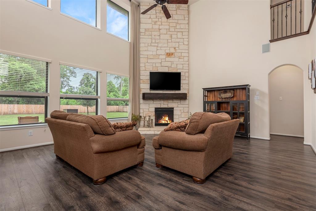 Pending | 22626 Pineleigh Court Tomball, Texas 77375 11