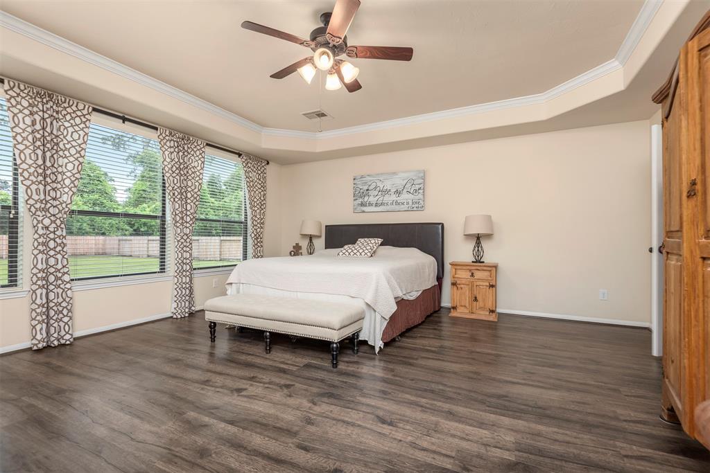 Pending | 22626 Pineleigh Court Tomball, Texas 77375 22