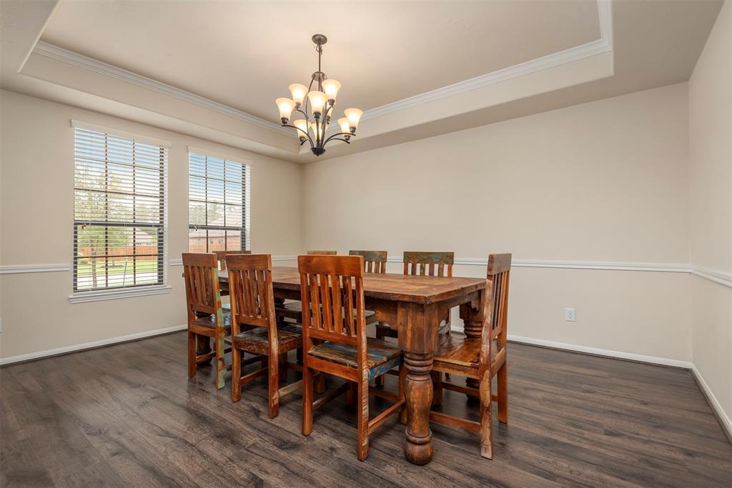 Pending | 22626 Pineleigh Court Tomball, Texas 77375 9