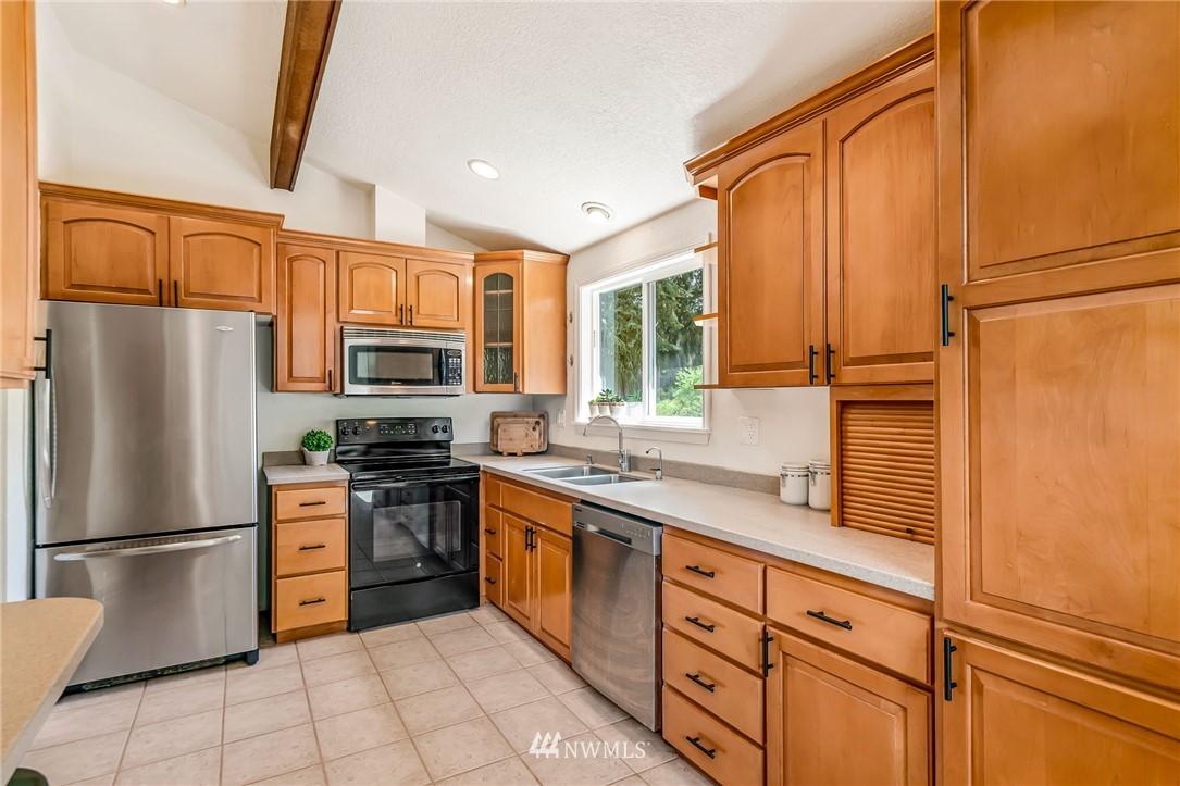 Sold Property | 5516 140th Street SW Edmonds, WA 98026 8