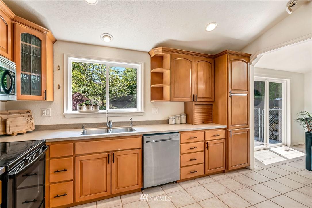 Sold Property | 5516 140th Street SW Edmonds, WA 98026 9