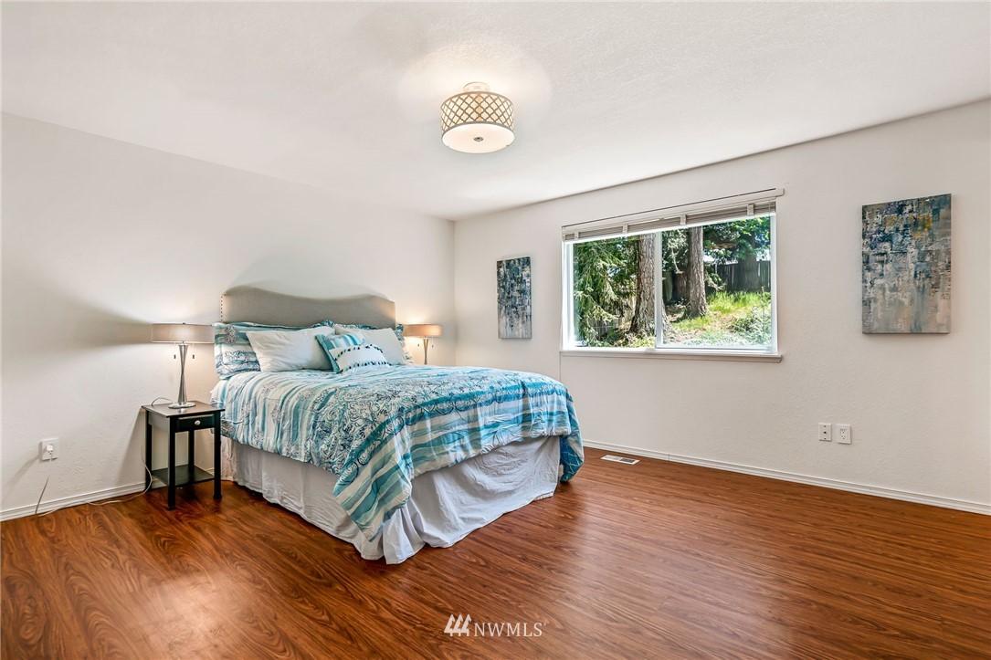 Sold Property | 5516 140th Street SW Edmonds, WA 98026 12