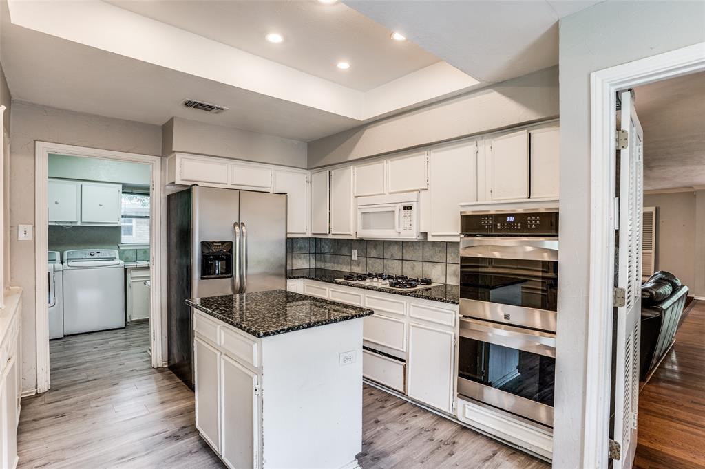 Sold Property   16818 Thomas Chapel Drive Dallas, Texas 75248 4