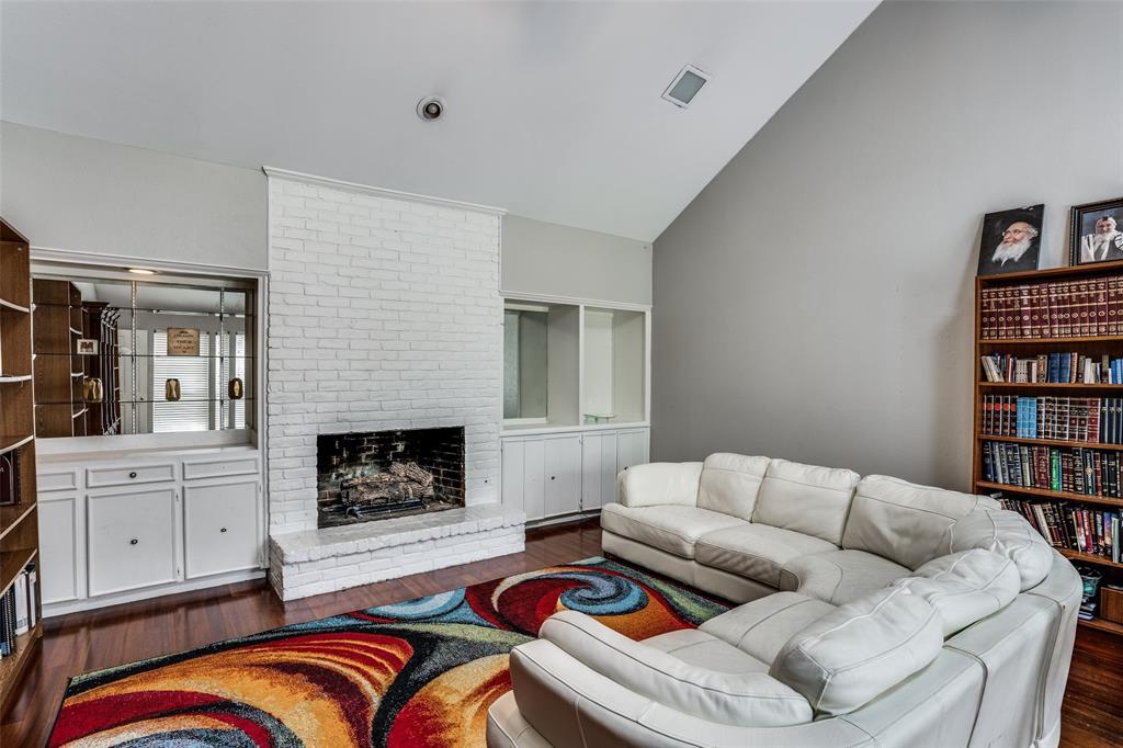 Sold Property   16818 Thomas Chapel Drive Dallas, Texas 75248 7