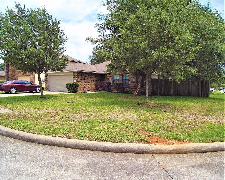 Off Market | 1605 Leafhopper Lane Conroe, Texas 77301 2