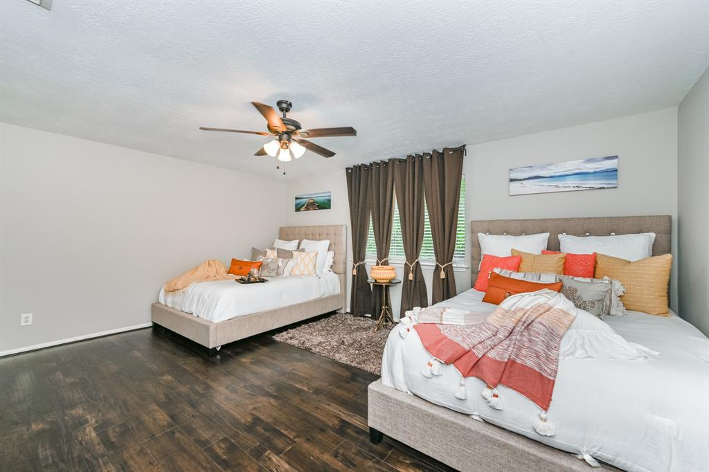 Pending   6021 Whispering Lakes Drive Katy, Texas 77493 31
