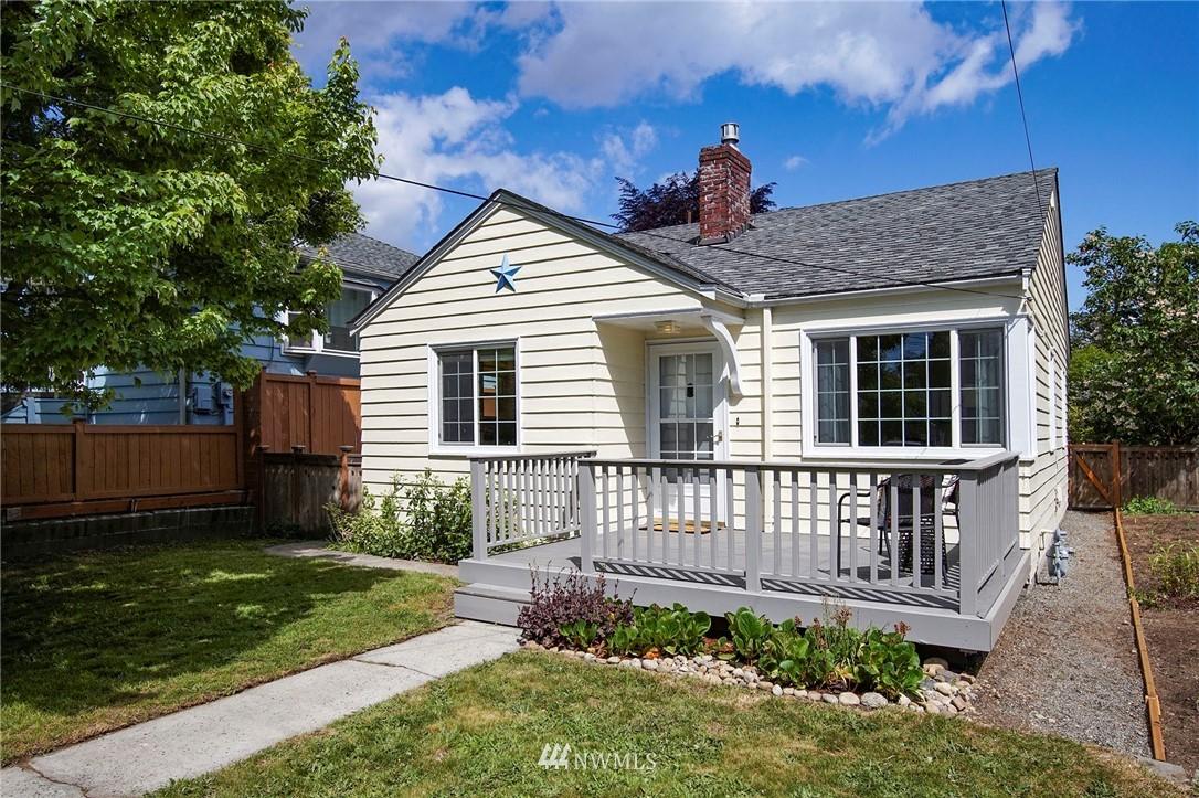 Sold Property | 10334 Interlake Avenue N Seattle, WA 98133 22
