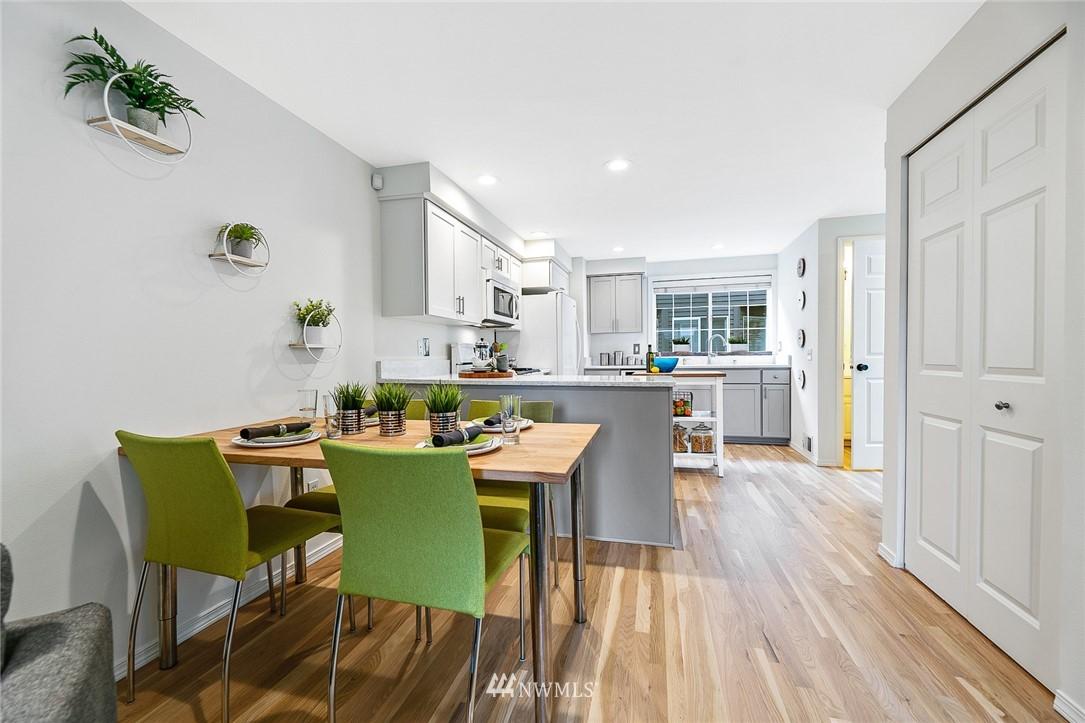 Sold Property | 11730 Greenwood Avenue N Seattle, WA 98133 8