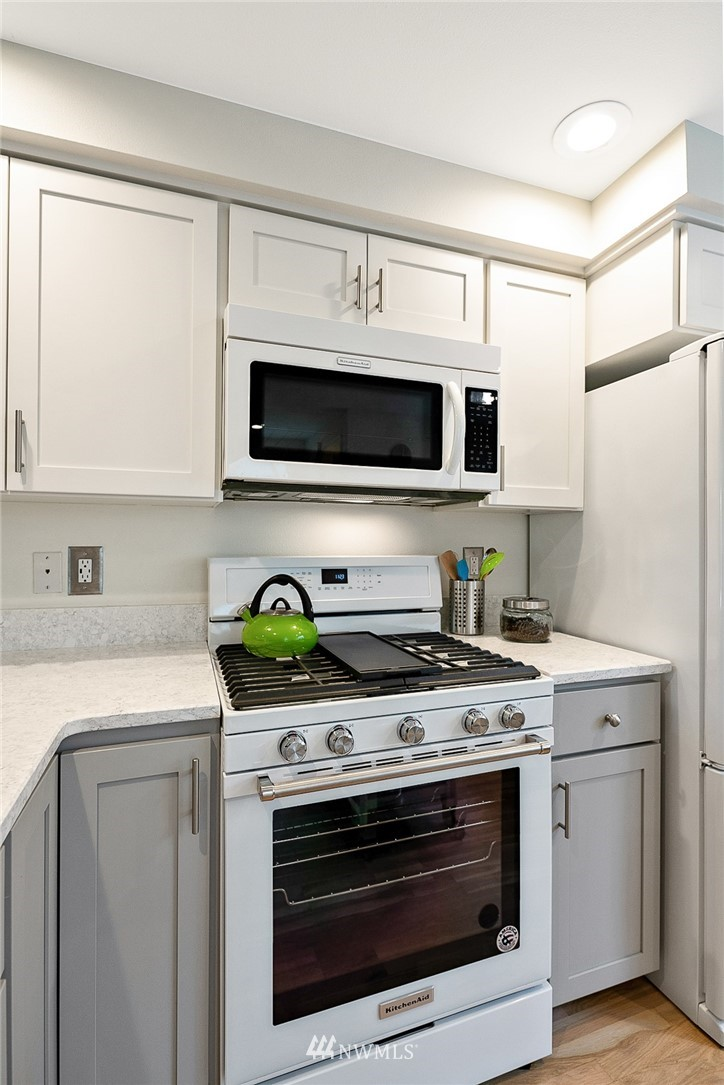 Sold Property | 11730 Greenwood Avenue N Seattle, WA 98133 11
