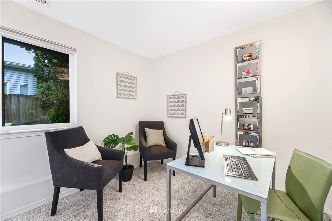Sold Property | 11730 Greenwood Avenue N Seattle, WA 98133 20