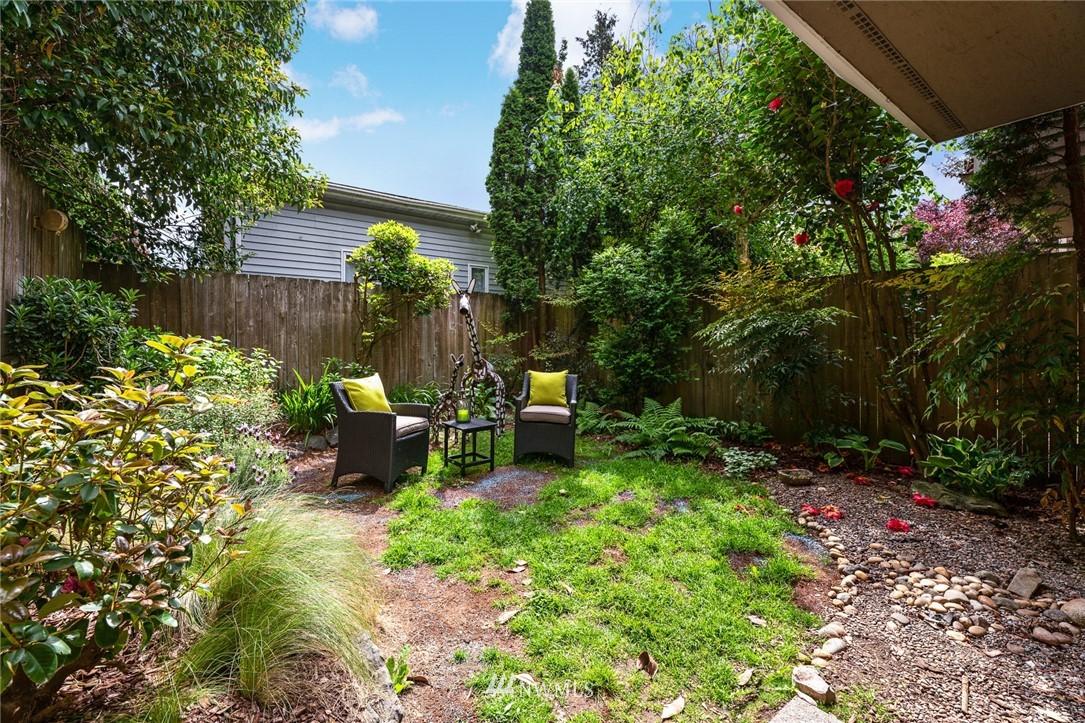 Sold Property | 11730 Greenwood Avenue N Seattle, WA 98133 24