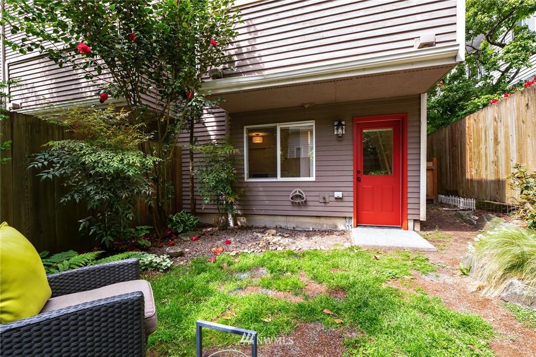 Sold Property | 11730 Greenwood Avenue N Seattle, WA 98133 25