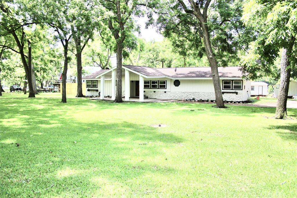 Off Market   1527 Wagon Road Simonton, Texas 77476 43