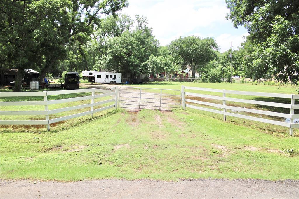 Off Market   1527 Wagon Road Simonton, Texas 77476 44