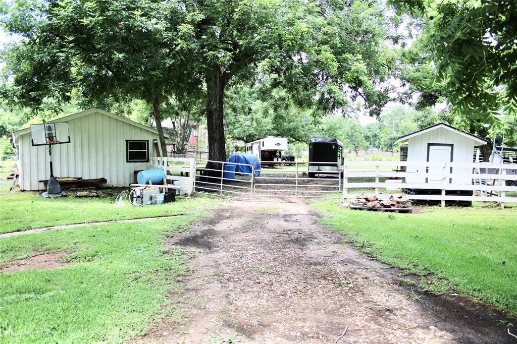 Off Market   1527 Wagon Road Simonton, Texas 77476 46