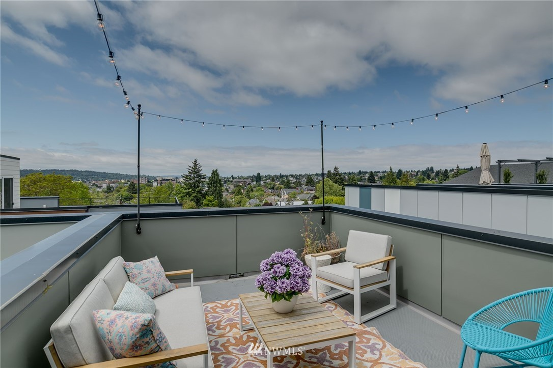Sold Property | 5511 4th Avenue NW #C Seattle, WA 98107 26