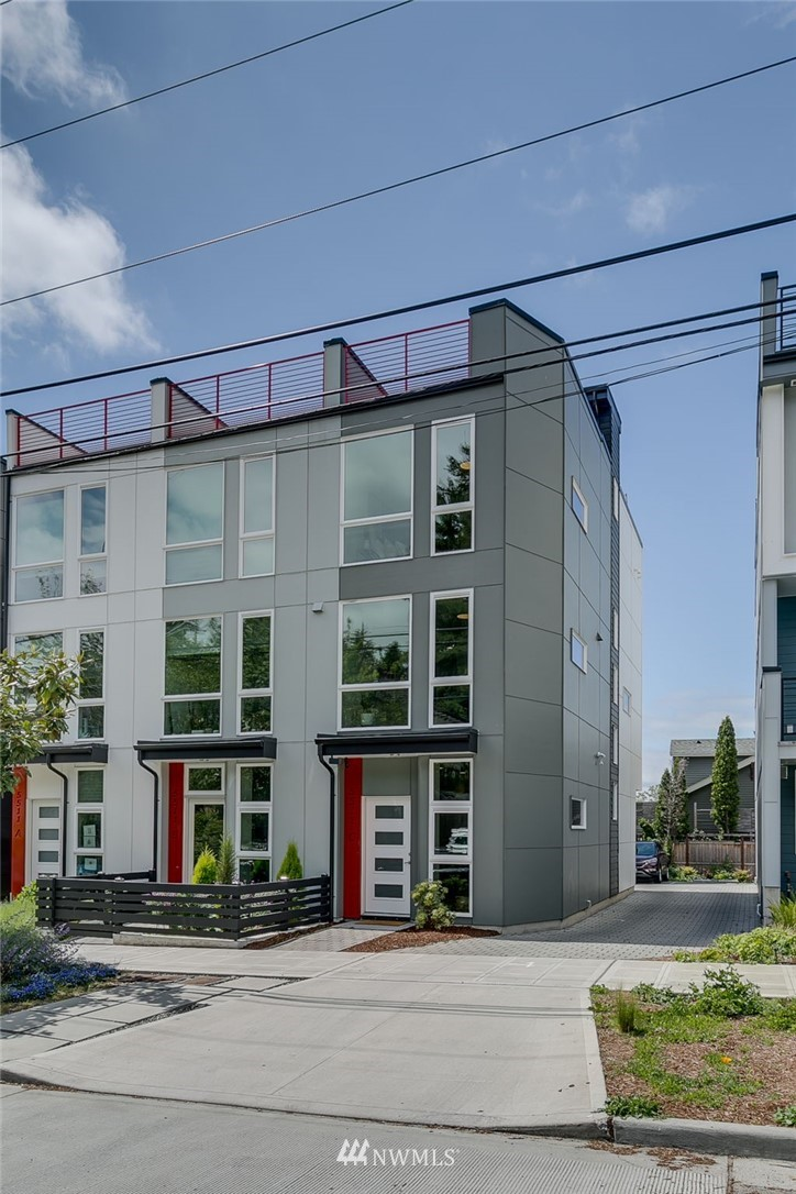 Sold Property | 5511 4th Avenue NW #C Seattle, WA 98107 29
