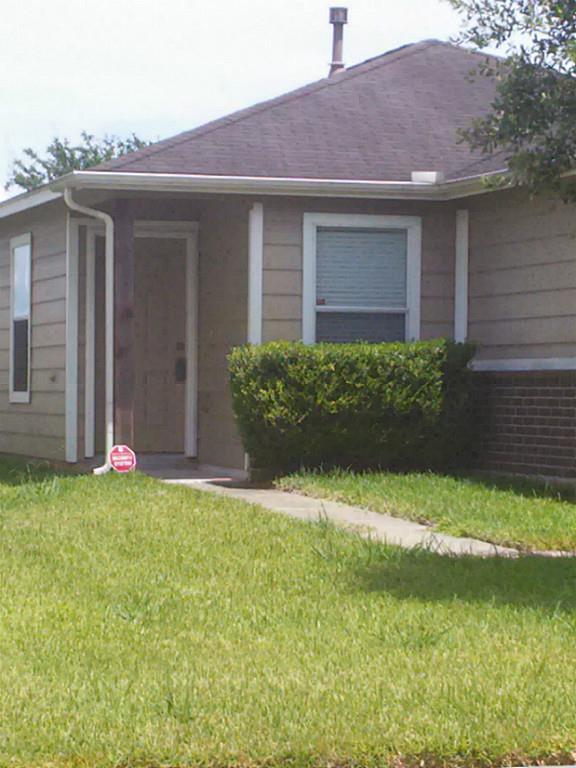 Off Market   8311 Radial Court Rosharon, Texas 77583 0