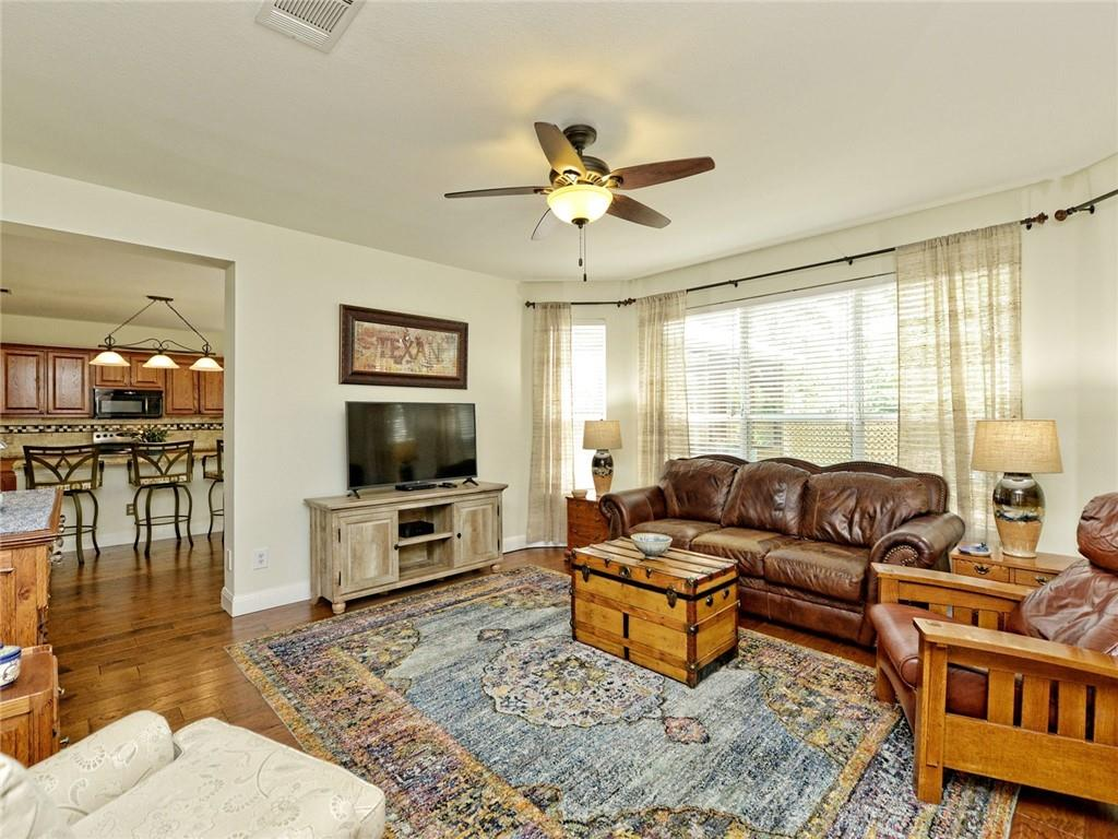 Active | 135 Brentwood Drive Georgetown, TX 78628 8