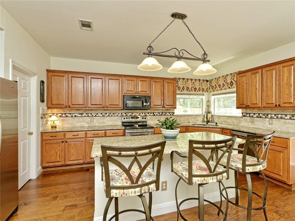 Active | 135 Brentwood Drive Georgetown, TX 78628 9