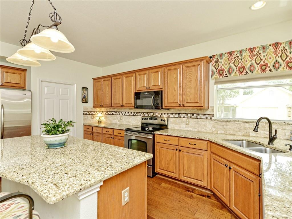 Active | 135 Brentwood Drive Georgetown, TX 78628 10