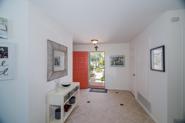 Closed | 39156 Sweetwater Drive Palm Desert, CA 92211 2
