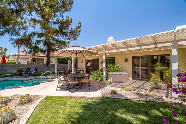 Closed | 39156 Sweetwater Drive Palm Desert, CA 92211 24