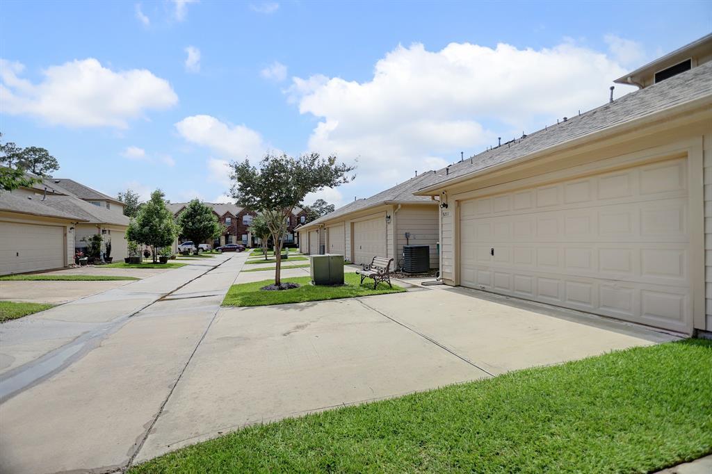 Off Market   9211 Solvista Pass Lane Houston, Texas 77070 24