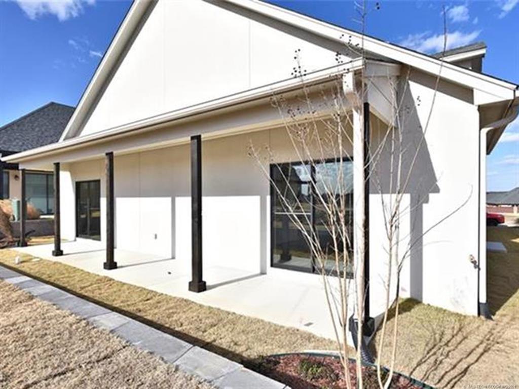 Active | 1108 W 85th Street Tulsa, Oklahoma 74132 33